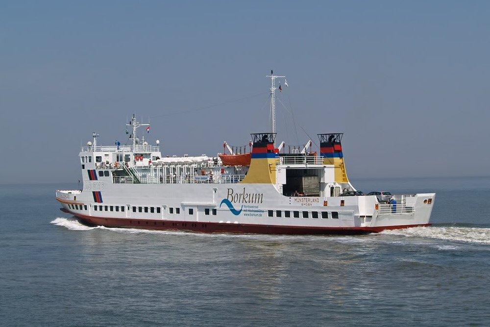 De veerboot naar Borkum.