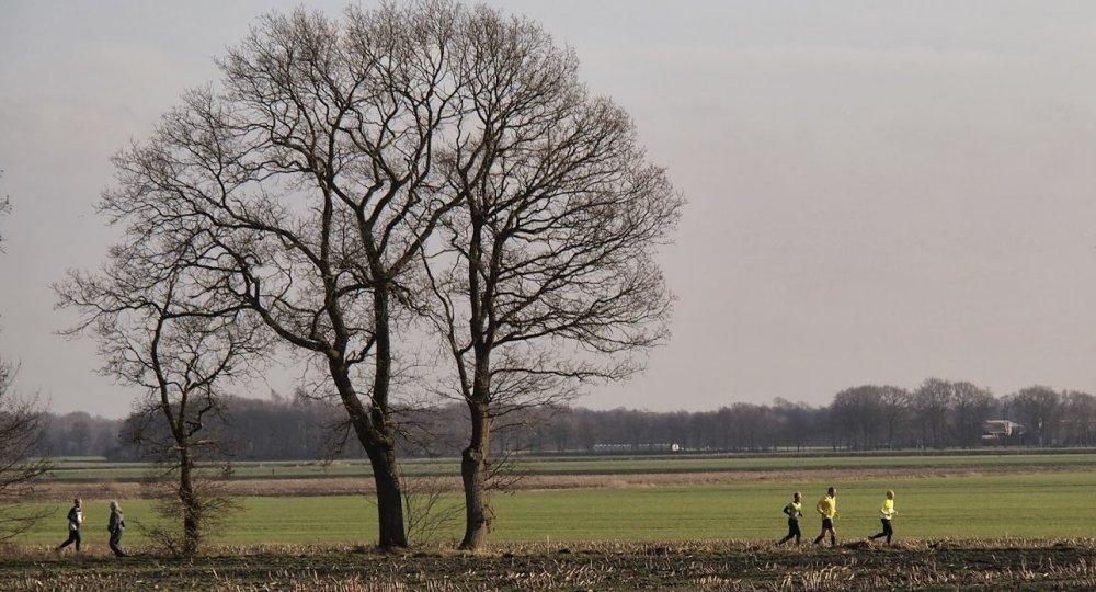 Rennen door het landschap (foto: Albert Westra).