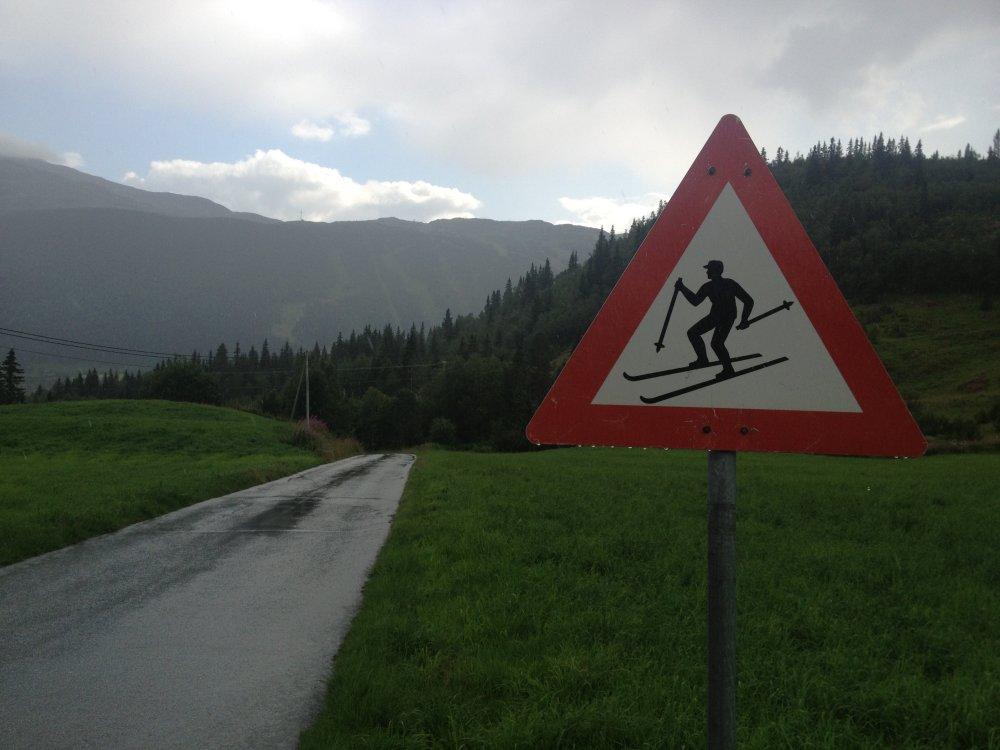 Pas op! Langlaufers.