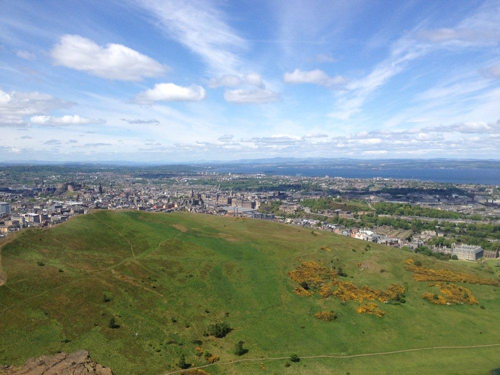 Uitzicht over het centrum van Edinburgh.