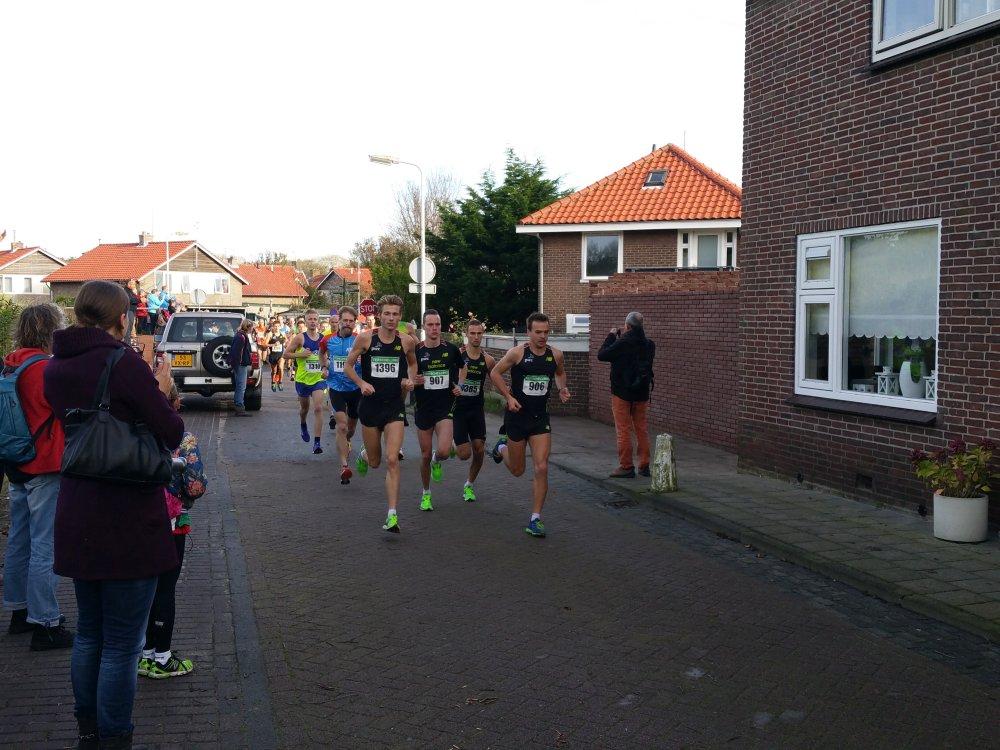 De start van de halve marathon.