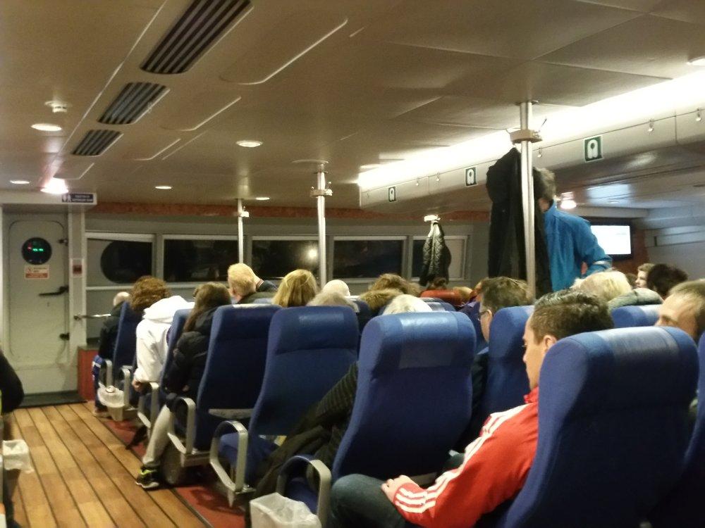 Met de snelboot weer naar huis.