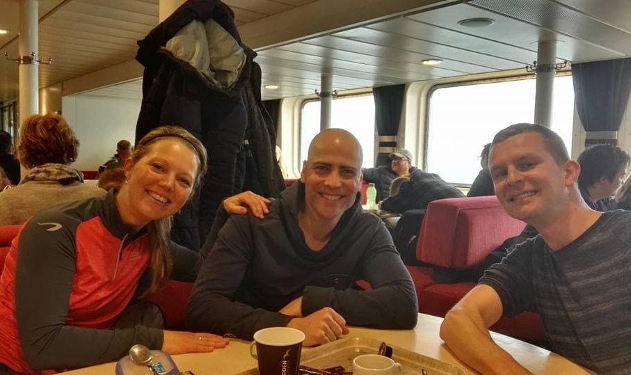 Met Margreet en Jelle onderweg naar Ameland.