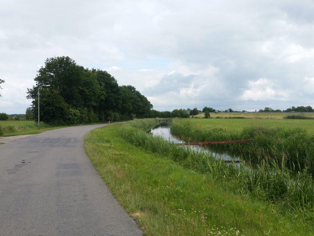 Terug naar Opeinde langs de Waldwei.